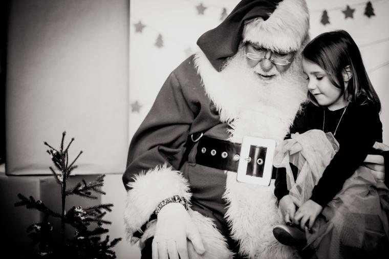 NateMadeline& Santa-6